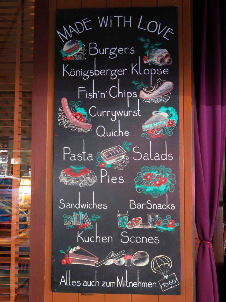 blackboard luftbrücke café gerichte